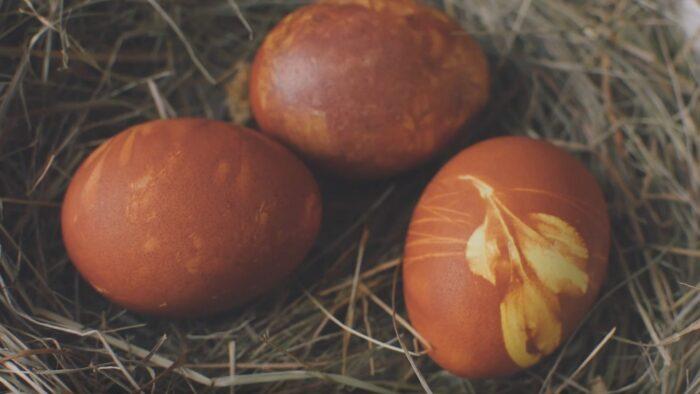 Marginam margučius su svogūnų lukštais!