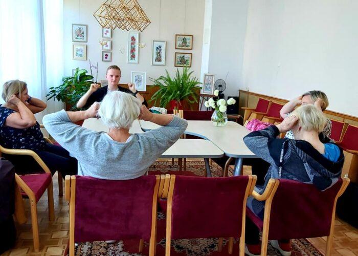"""Užsiėmimas """"Judėjime- sveikata"""" su kineziterapeute Milda Strimaitiene"""